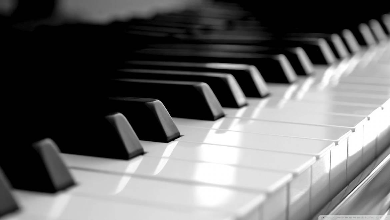Pianos e Teclados CASIO
